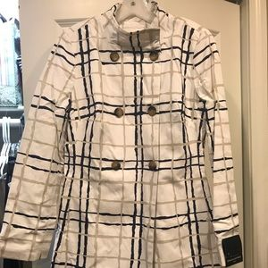 Banana Republic trench coat, New with tags